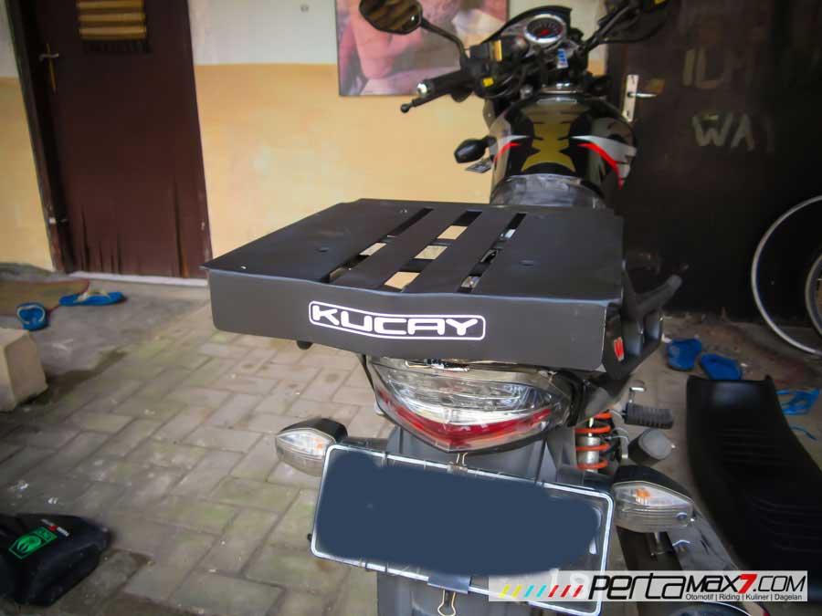 Mudahnya Pasang Braket geser Kucay di Honda Megapro plus Box Givi E20 Kuat mantabh 13 Pertamax7.com