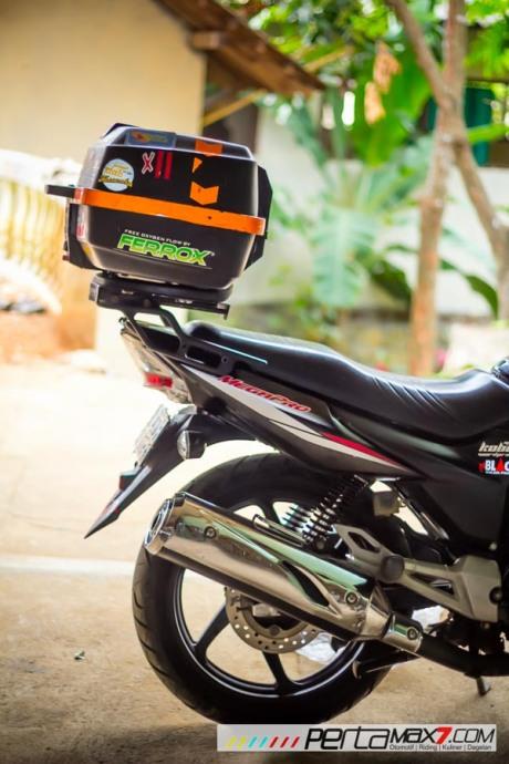 Mudahnya Pasang Braket geser Kucay di Honda Megapro plus Box Givi E20 Kuat mantabh 24 Pertamax7.com