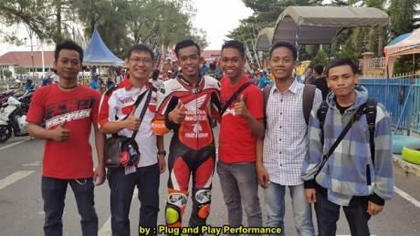 New Honda Sonic 150R Juara 1 Road Race Banjarmasin Dijepit 2 Suzuki Satria Karbu 01 pertamax7.com