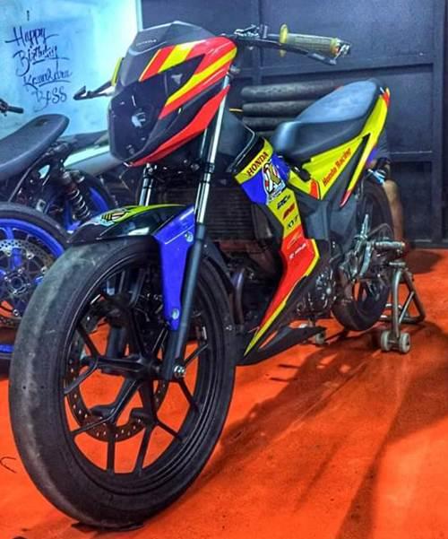 New Honda Sonic 150R Kawahara  tampil di Kejurnas Seri 4 Tasikmalaya pertamax7.com