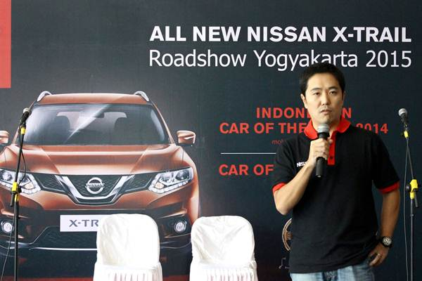 Nissan X-Trail Blind Parking Challenge Parkir Tanpa lihat Spion dengan Around View Monitor 00 pertamax7.com