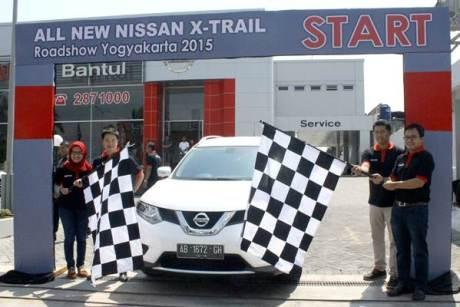 Nissan X-Trail Blind Parking Challenge Parkir Tanpa lihat Spion dengan Around View Monitor 02 pertamax7.com