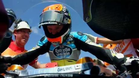 Panasnya Tito Rabat Rebut Juara Moto2 Aragon 2015 05 Pertamax7.com
