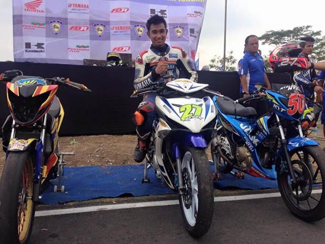 podium race 2 kejurnas bebek 150 seri 4 tasikmalaya new jupiter mx 150 juara 2 new honda sonic 150R pertamax7.com
