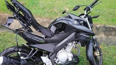 Rangka Belakang Yamaha New Vixion Ini melengkung setelah kecelakaan di Malaysia 01 pertamax7.com