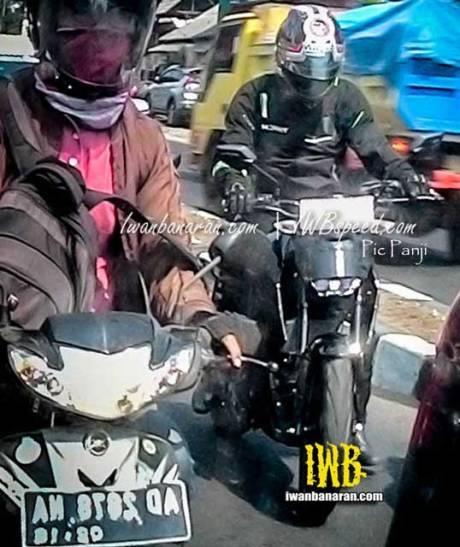 yamaha-MT-15-uji-jalanan-indonesia-pertamax7.com-