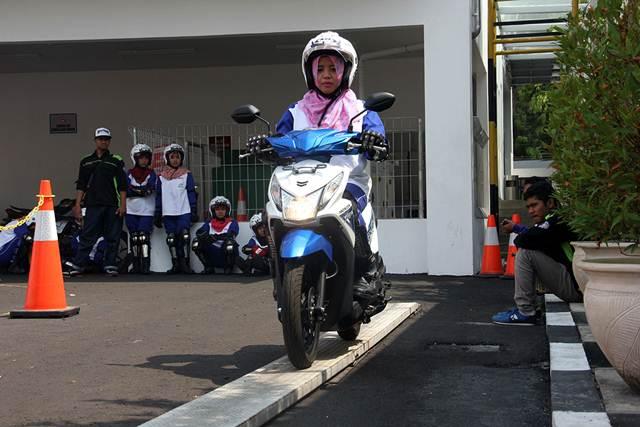 Astra Motor Yogyakarta Gandeng Mahasiswi UNY jadi Smart Lady Bikers 00 pertamax7.com