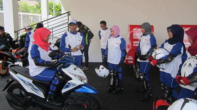 Astra Motor Yogyakarta Gandeng Mahasiswi UNY jadi Smart Lady Bikers 01 pertamax7.com