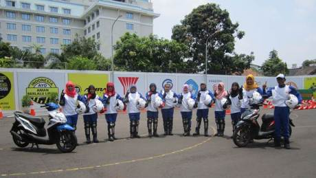 Astra Motor Yogyakarta Gandeng Mahasiswi UNY jadi Smart Lady Bikers 02 pertamax7.com