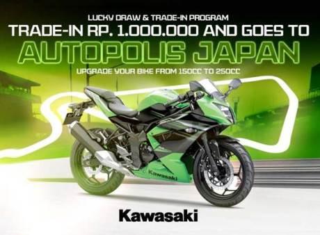 Beli Kawasaki Ninja 250 RR mono Bisa Nonton Bunga Sakura di Jepang pertamax7.com