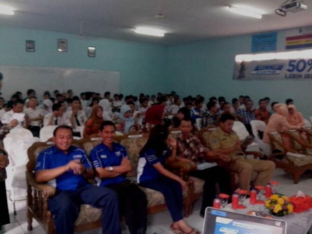 Edukasi teknologi Yamaha Blue Core di SMK Angkasa Bandung