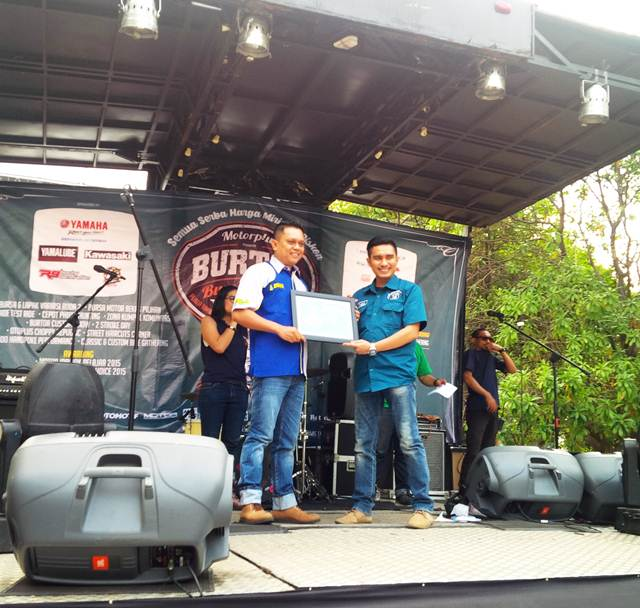 Gir Sinnob raih penghargaan Sinnob Raih Penghargaan Motor Plus Reader Choice 2015 Pilihan Pembaca  04 pertamax7.com