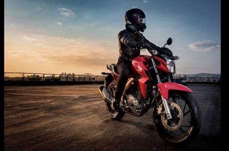 Honda CB Twister 250 cocok jadi Suksesor Tiger Revo 05 Pertamax7.com