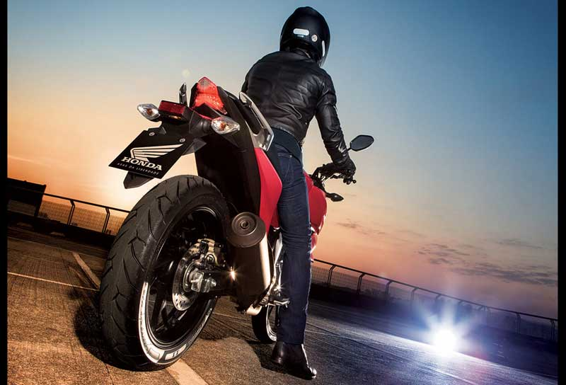 Honda CB Twister 250 cocok jadi Suksesor Tiger Revo 07 Pertamax7.com