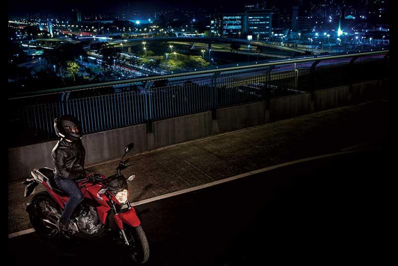 Honda CB Twister 250 cocok jadi Suksesor Tiger Revo 17 Pertamax7.com