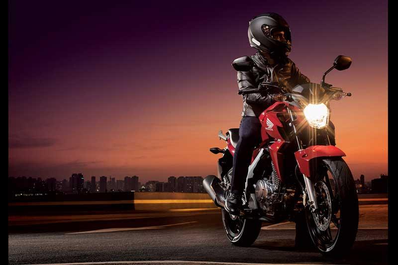 Honda CB Twister 250 cocok jadi Suksesor Tiger Revo 19 Pertamax7.com