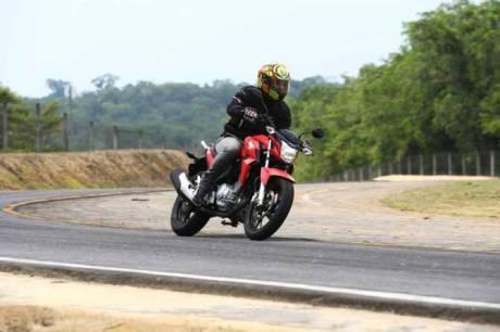 Honda CB Twister 250 cocok jadi Suksesor Tiger Revo 26 Pertamax7.com