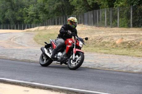 Honda CB Twister 250 cocok jadi Suksesor Tiger Revo 27 Pertamax7.com