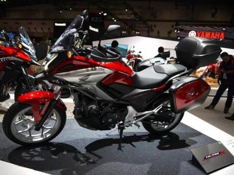Ini dia Honda NC750X 2016, Siap berpetualang dengan bagasi lebih luas 05 pertamax7.com