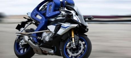 Ini dia YMVSV's MotoBot, Robot Penunggang Yamaha YZF-R1 melaju kencang pertamax7.com.jpg 1