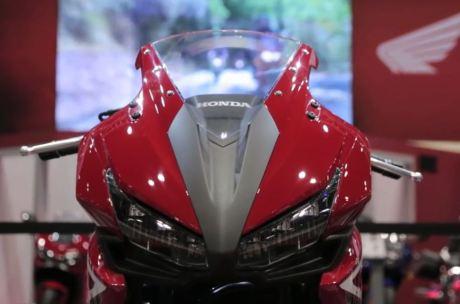 Intip Modifikasi Honda CBR500R 2016 Trackday Concept di AIMExpo 2015 01 Pertamax7.com