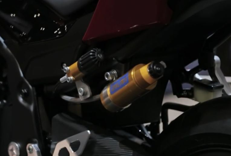Intip Modifikasi Honda CBR500R 2016 Trackday Concept di AIMExpo 2015 04 Pertamax7.com