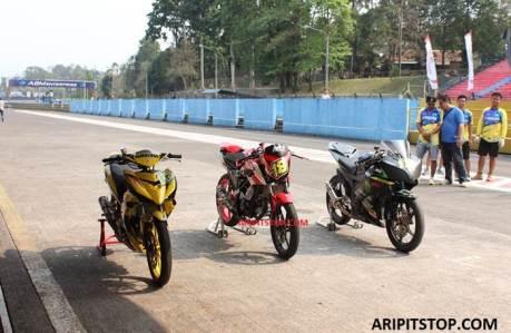 Kejurnas Seri 5 Sentul besar, Yamaha Jupiter MX King Juara 1 Honda CB150R kedua Yamaha R15 ketiga, campur akur 02 pertamax7.com