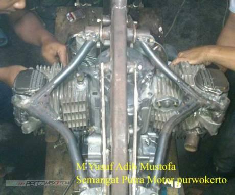 Modifikasi Honda Tiger jadi BOXER engine 400 cc Karya Semangat Putra Motor purwokerto 01 Pertamax7.com