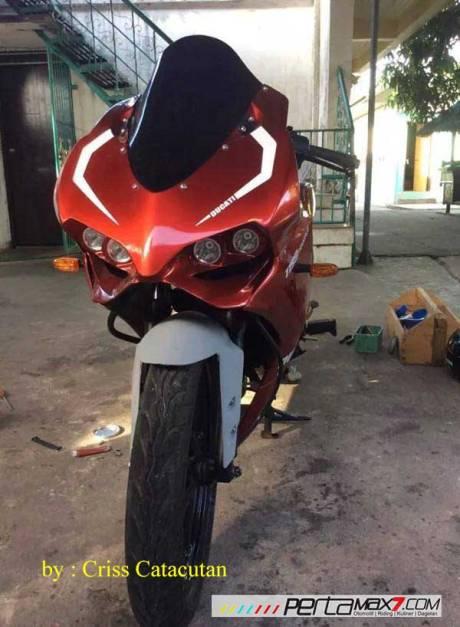 Modifikasi Yamaha SZ-R jadi Ala Ducati Panigale asal Filipina ini Unik 06 Pertamax7.com