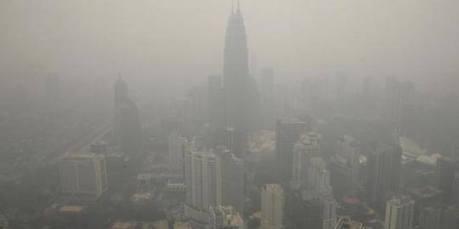 Motogp Sepang 2015 Terancam batal Karena Kabut Asap pertamax7.com