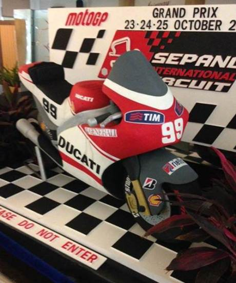 Motor Ducati GP.15 Bernomer Start Lorenzo 99 nongol di Malaysia pertamax7.com