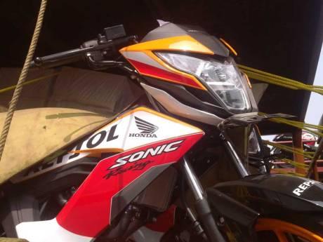 New Honda Sonic Repsol Racing sudah Sampai Jogja, mesin warna emas Siap di Launching 03 Pertamax7.com