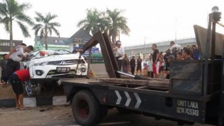 Pajero Sport Tabrak Lari Pengendara Vario Sampai Meninggal, Saat Kabur lalu terguling di jogja 09 Pertamax7.com