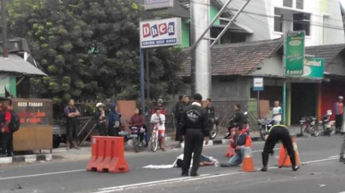 Pajero Sport Tabrak Lari Pengendara Vario Sampai Meninggal, Saat Kabur lalu terguling di jogja 10 Pertamax7.com