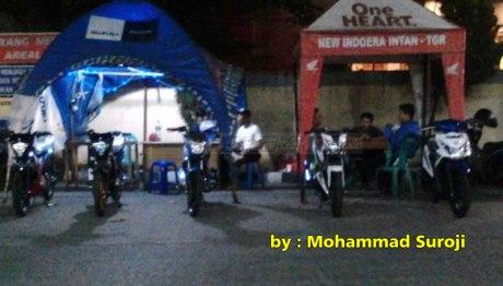 Panasnya-Persaingan-Jualan-Suzuki-Satria-F-VS-New-Honda-Sonic-150R-di-SPBU-Tangerang-pertamax7.com