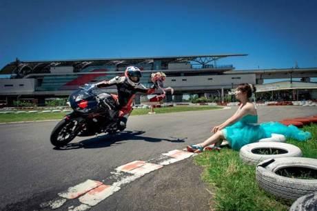 Pre Wedding Pakai Yamaha R3 ini bisa buat inspirasi 08 pertamax7.com