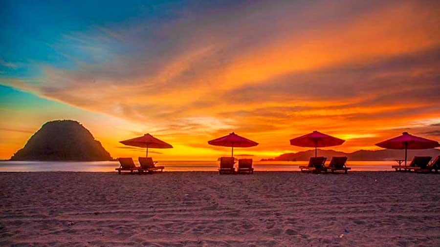 Sunset-di-Pantai-Pulau-Merah-banyuwangi-pertamax7.com