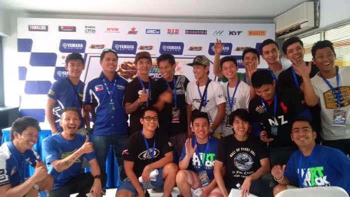 Tim dan pebalap Filipina di Sentul International Circuit yamaha sunday race 2015 seri 3 pertamax7.com
