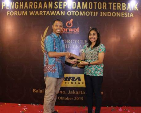 Yamaha-NMAX-2015-Motorcycle-of-The-Year-versi-Forum-Wartawan-Otomotif-Indonesia-(Forwot)-Award-pertamax7.com