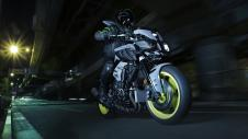 2016 New Yamaha MT-10 2016-Yamaha-MT-10-EU-Night-Fluo-Action-005 Pertamax7.com