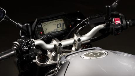 2016 New Yamaha MT-10 2016-Yamaha-MT-10-EU-Night-Fluo-Detail-002 Pertamax7.com