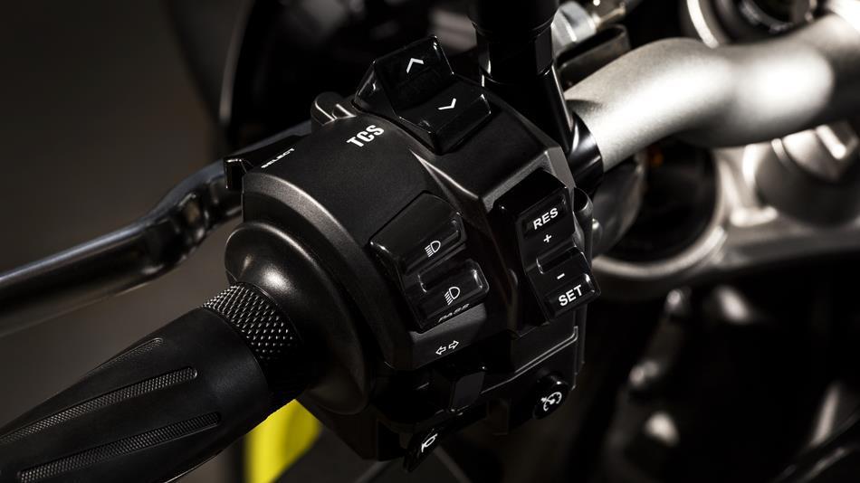 2016 New Yamaha MT-10 2016-Yamaha-MT-10-EU-Night-Fluo-Detail-003 Pertamax7.com