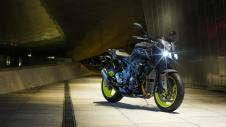 2016 New Yamaha MT-10 2016-Yamaha-MT-10-EU-Night-Fluo-Static-001 Pertamax7.com