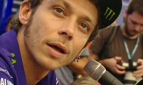 Banding di Tolak CAS, Rossi tetap Semangat meski start dari Posisi Paling Belakang  pertamax7.com