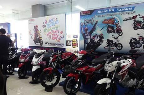 Display-motor-Yamaha-di-Main-Dealer-STSJ-di-Banjarmasin