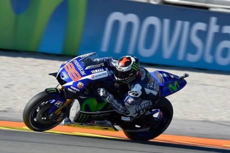 Foto Selebrasi Lorenzo Juara Dunia Motogp 2015, Awas Jangan dibuka 05 Pertamax7.com