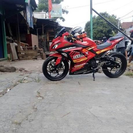 Info Kehilangan Kawasaki Ninja 250FI merah B 3067 FZG00 pertamax7.com