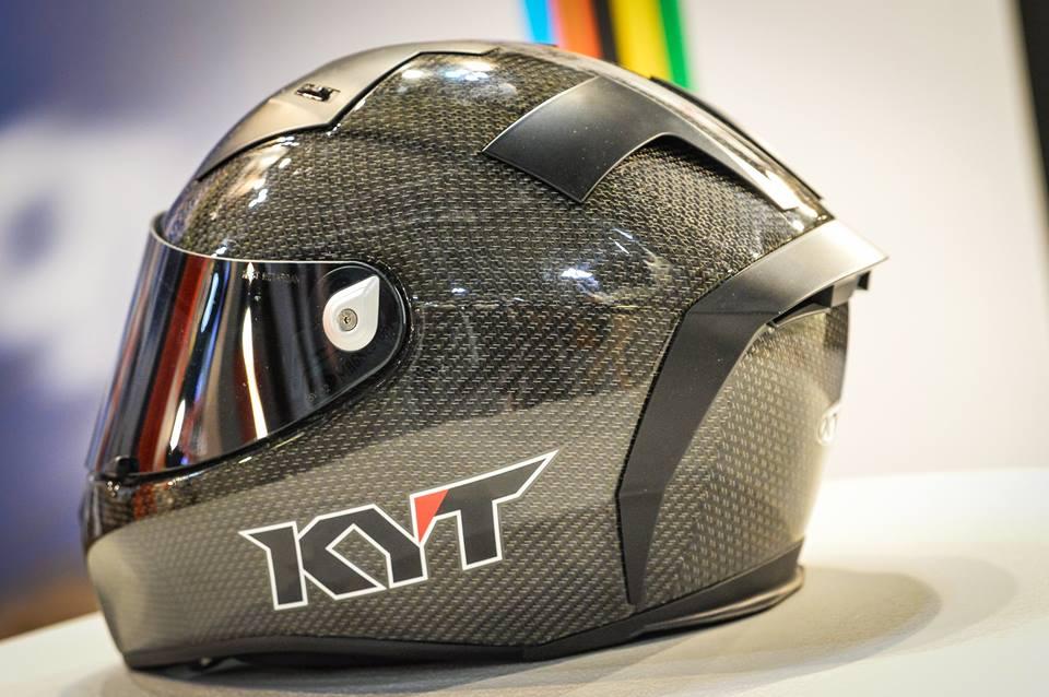 Intip Kerennya Helm KYT TURNDER FLASH Carbon Fiber dan Pakai Titanium, Buatan Italy Lho 03 Pertamax7.com
