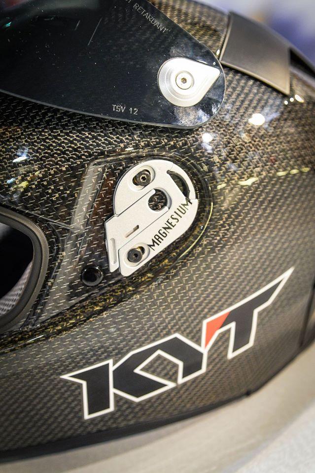 Intip Kerennya Helm KYT TURNDER FLASH Carbon Fiber dan Pakai Titanium, Buatan Italy Lho 04 Pertamax7.com
