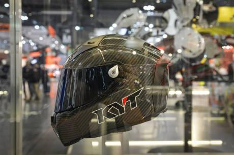 Intip Kerennya Helm KYT TURNDER FLASH Carbon Fiber dan Pakai Titanium, Buatan Italy Lho 05 Pertamax7.com